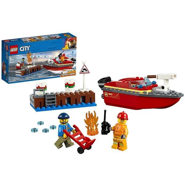 Конструктор LEGO City (арт. 60213) «Пожарные: Пожар в порту»