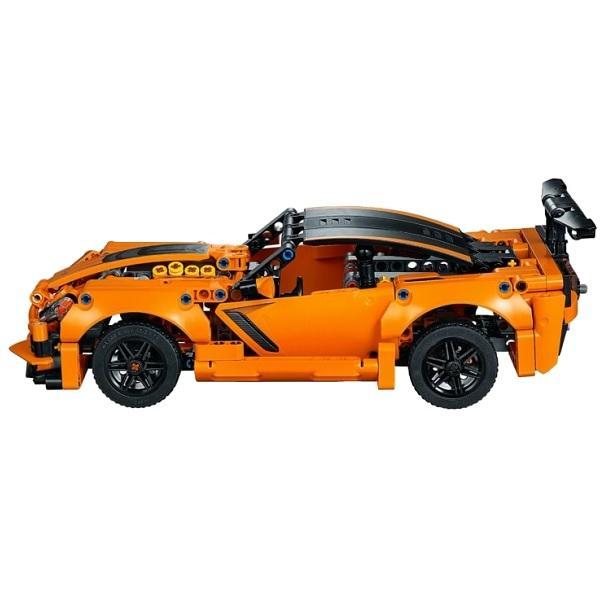 Конструктор LEGO Technic (арт. 42093) «Модель гоночного автомобиля Chevrolet Corvette ZR1»