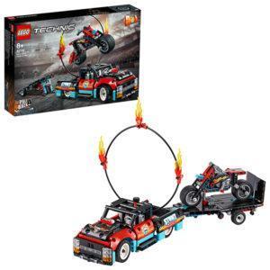 Конструктор LEGO Technic (арт. 42106) «Шоу трюков на грузовиках и мотоциклах»